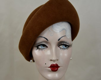 Ladies Bronze Toque Felt Hat