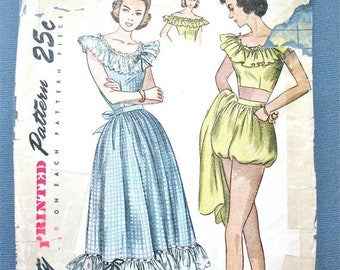 Spring Sale 1940s Simplicity 2445 Printed Pattern to make Midriff Top Skirt and Playsuit Vintage Sewing Pattern Bust 30 inches