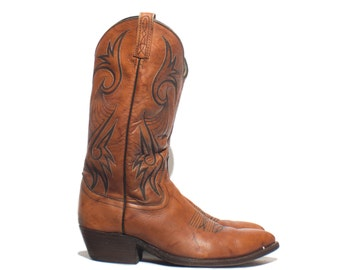 10 B | 1970's Dan Post Cowboy Boots Men's Caramel Leather Cowboy Boots (narrow width)