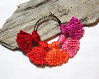 Earrings * multi-pompons * shades of red, orange and pink