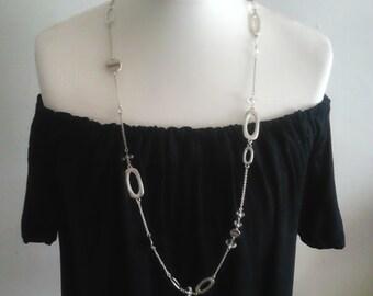 Off shoulder elasticated drape top