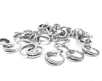 silver metal 1.4 cm high 15 bails