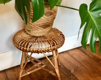 Post 1950s Designer Franco Albini Cane Wicker Lobster footstool/stool/plant stand