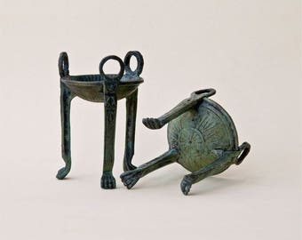 Bronze Vessel, Greek Sculpture Tripod Mini Bowl, Tealight Holder Metal Sculpture, Ancient Greece Sanctuary Tripod Museum Replica, Art Decor