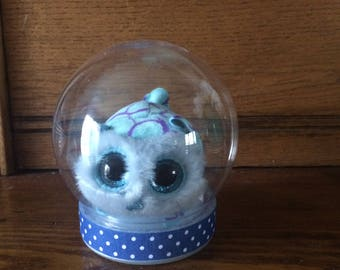 Waterless snowglobe with Beanie Baby Teeny Ty named Pennie