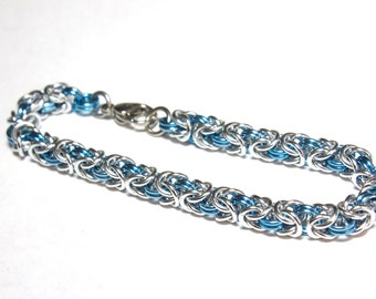 Byzantine Chainmaille Bracelet | Hand Crafted Chainmaille Jewelry | Handmade Bracelet | Light Blue and Silver | Anodized Aluminum