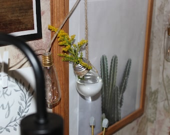 Minamalistic Hanging Light Bulb Vase