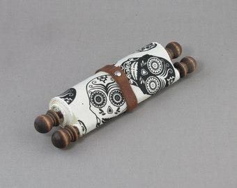 Petite Scroll - Sugar Skull Wrap