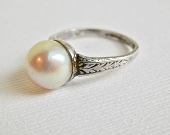 Art Deco Ring, Vintage Pearl Ring, Vintage Pearls, Sterling Silver, Size 4.5 Ring, June Birthstone, Vintage Jewelry, Bridal Jewelry