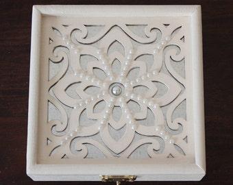 Elegant Ring Bearer Box!  Jewelry Box, Wedding Keepsake Box.