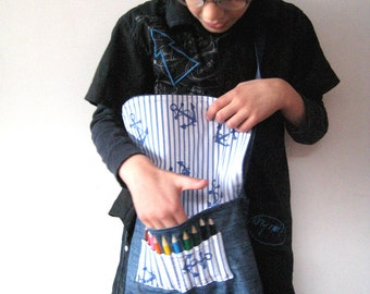 Blue and White Messenger Bag with Mini Colouring Pencils and FREE Badges
