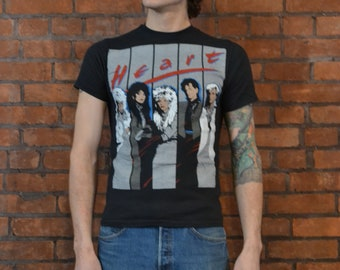 Way Absurdly Awesome Vintage 85-86 HEART World Tour T-Shirt