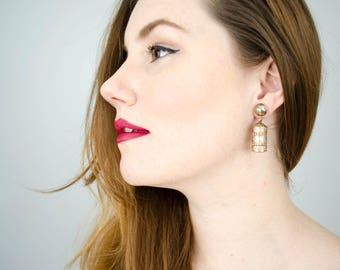 1940s vintage gold lantern earrings   screw back earrings