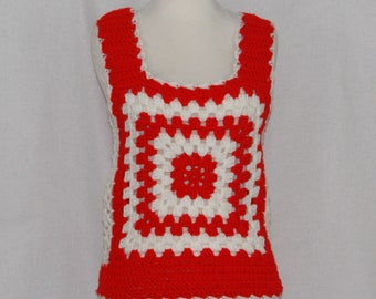 1970s red & white  granny squares crochet crop top | 70's Boho Hippie Tank Top Larg