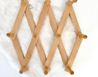 XL Wooden Peg Rack /Expanding Coat Rack / Accordian Wall Rack Hat Rack  / Coffee Mug Rack
