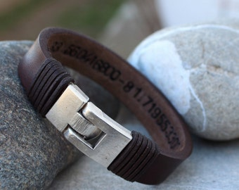 Roman Numeral Bracelet, Mens Personalized Leather Bracelet, Groomsmen Gift, Sobriety Gift, Boyfriend Gift, Husband Gift,