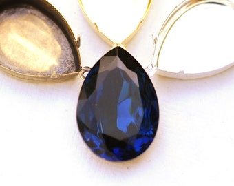 25x18mm Vintage Montana Blue Sapphire Glass Pear Stone Jewel Gem, Choice of Setting Plating, quantity 1 jewel 1 setting