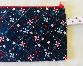 Windmill Zipper Wristlet