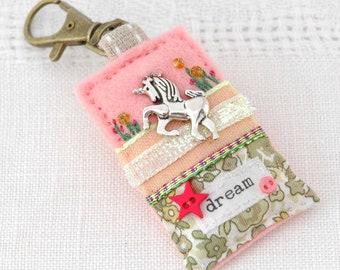 unicorn bag charm, unicorn dreams, unicorn gifts for teens, pink unicorn charm, unicorn purse charm, love unicorns, unicorn key clip, UK
