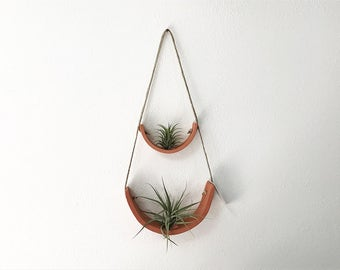 2 Tier Hanging Air Plant Holder - Terracotta