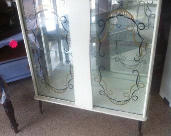 Display cabinet 27