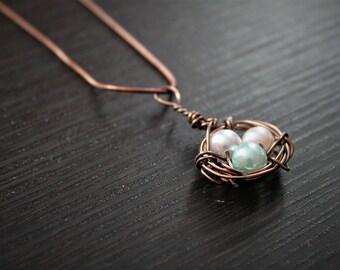 Mothers nest birthstone necklace