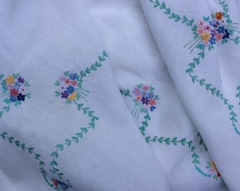 Hand Embroidered  Vintage Tablecloth Table linen