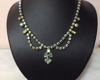 Vintage green aurora borealis rhinestone necklace