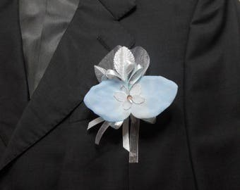 Blue wedding boutonniere / white