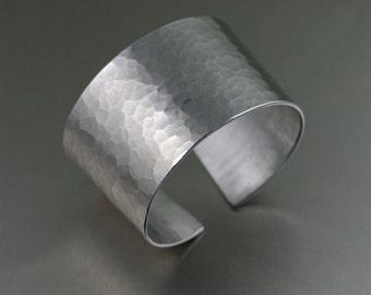 Hammered Aluminum Cuff Bracelet - Hypoallergenic Silver Tone Cuffs - 10th Anniversary Gift - Aluminum Cuffs