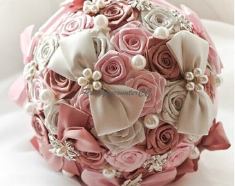 Graceful Wedding Bouquet Handmade Roses Bow Knot Wedding Flowers Satin Ribbon Bridal Bouquet with Lace Pearls Jewels Beads Rhinestones