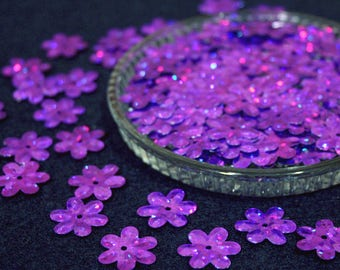 15 mm • Purple Glitter Flower Sequins