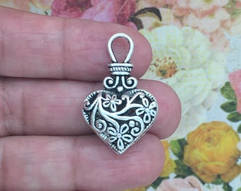 2 Silver Filigree Heart Charm Pendant SP0266