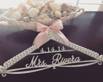 Bride Hanger, Bridal BLING Hanger, Bling Hanger, Rhinestone Wedding Hanger, Personalized Name Hanger, Pearl Wedding Hanger, Sparkle Hanger