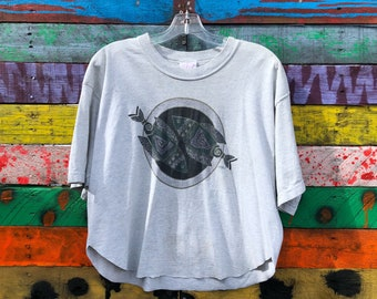 90s graphic tee, fish, pisces, crop top