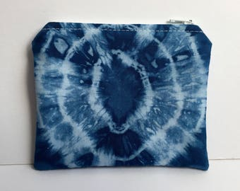 Handmade coin purse/zipper pouch/purse made with hand dyed cotton and fully lined with a tan cotton fabric