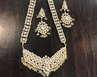 Kundan long set with Earrings