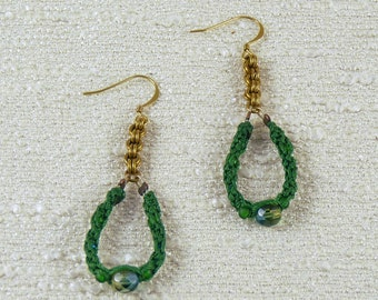 Green micro-macramé beaded cord and chainmaille chain dangle earrings, brass chainmaille and cord earrings for women, earring for her