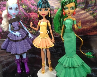Amanda Printable Doll Clothes - Makes great Monster High Clothes and more!