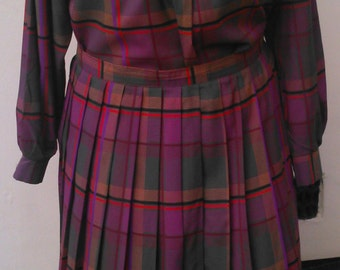Vintage Size 16 Plus Size Skirt and Blouse