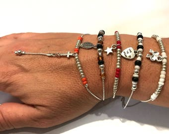 Very fine snake chain with seed beads bracelet