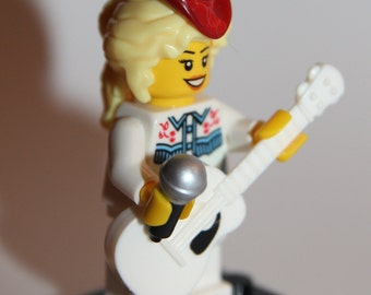 Custom Lego Dolly Parton