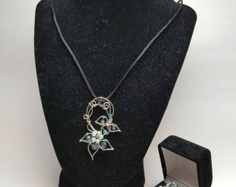 Spring Flowers Jewelry Series: Necklace!