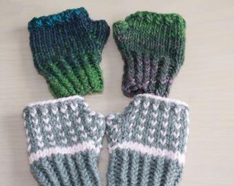 Knit fingerless gloves for toddler