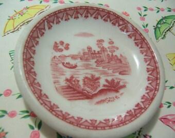 wee tiny artsy plate