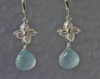 Aqua Chalcedony Dangle Earring in Silver, Silver Flower and Stone Drop Earrings, Nature Inspired Gemstone Earrings, Botanical, Hydrengea