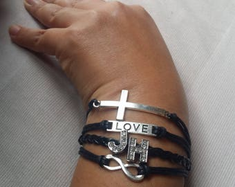 Beautiful 4 in 1 bracelet with initial