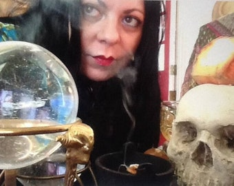 BEST TAROT Reading ever! Hereditary Italian Witch Fortune Teller * Crystal Ball * In Person * Best in this World * PDF