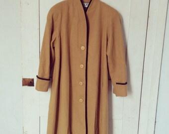 Mario De Pinto Vintage Wool Coat/ Designer Wool Coat Size Large/ 100% Wool Coat Tan Brown