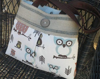 Hoot Owl in Cream Pleated Handbag Purse Tote Bag with Jute Webbing and Wooden Button